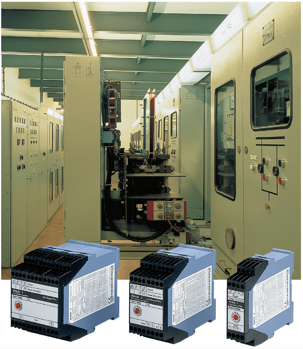 Switchgear for traction power supply with current and voltage measurement